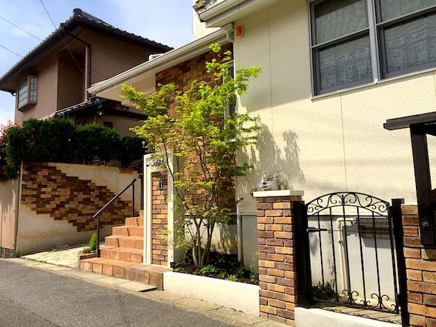 名東区で枕木からブロック、レンガなどへ外構をリフォームした。