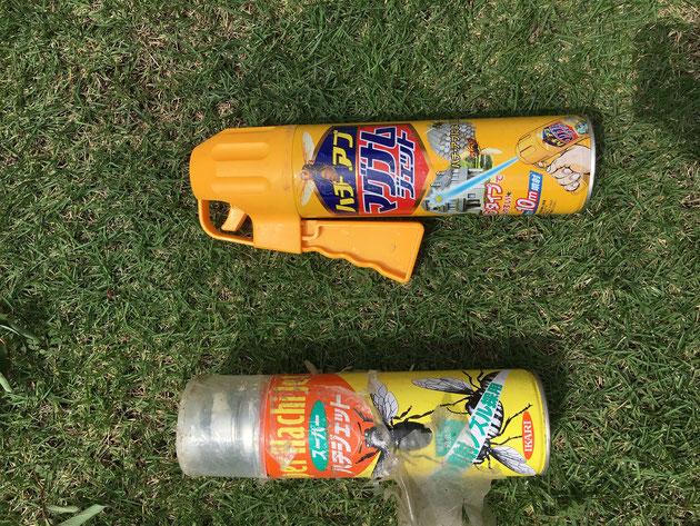 蜂退治用のスプレー缶!!ジェット噴射で10m先まで届きます!