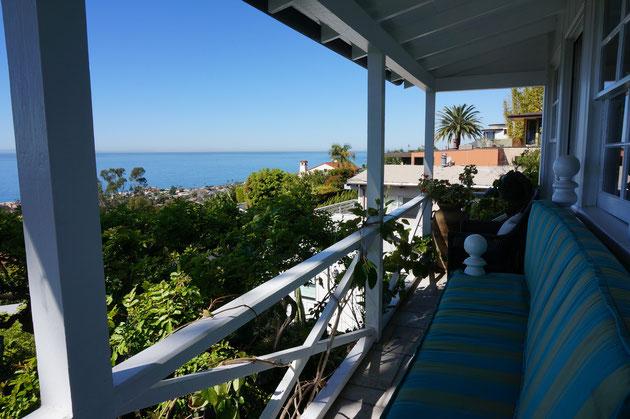 ラグナビーチでお邪魔させてもらった住宅 自然の中で暮らし楽しむことが生活の中に入っている
