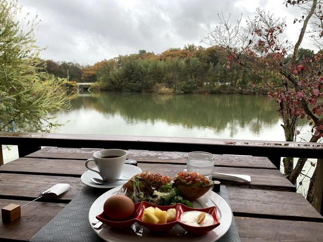 """モーニングハンター柴ちゃん!守山区の上志段味にある""""池のほとりのカフェ""""さんでモーニングを頂く!"""