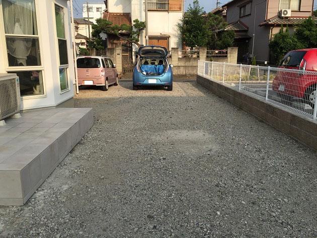 元々は砕石敷きの駐車場でした。