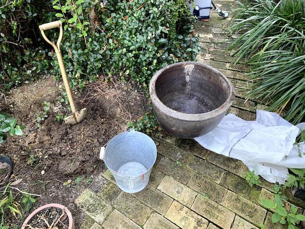 庭に簡単に水場を作る方法!