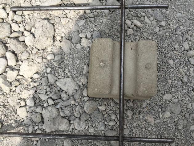 コンクリートの土間を作るときに欠かせないスペーサー 現場で作れるって知ってました?