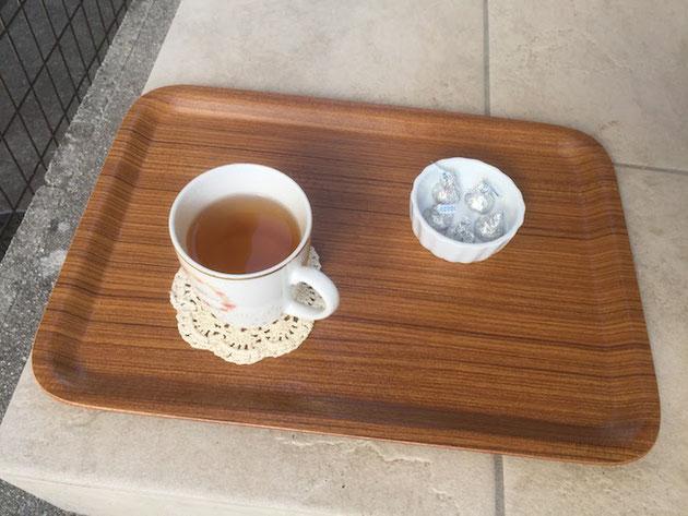 お客様から暖かい紅茶の差し入れを頂きました!嬉しい!!!