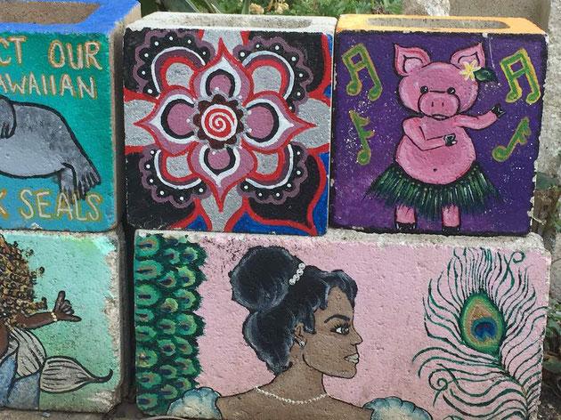 コンクリートブロックにアートを!