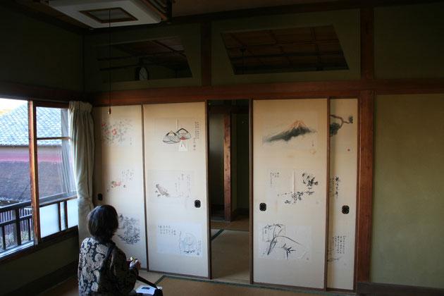 どうだん亭の2階の襖には、素敵な襖絵が描かれていました。