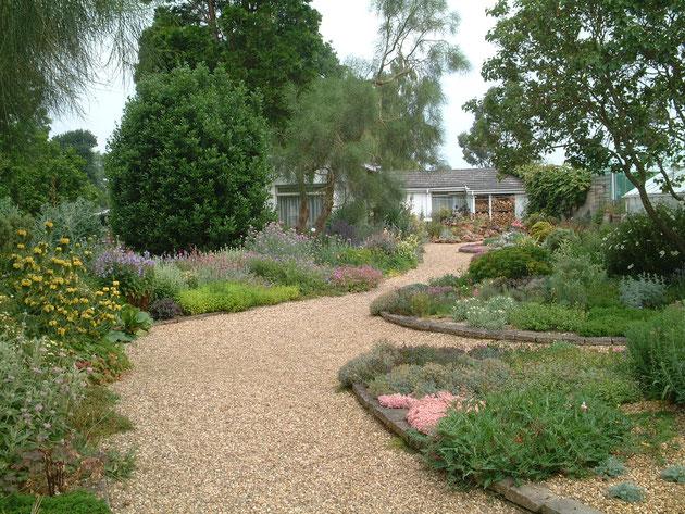 砂利とお庭の施工例