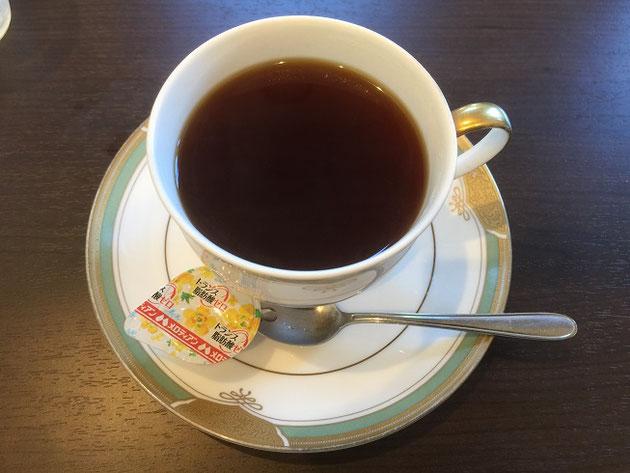 あんぶらっせさんの本日のコーヒー。サイフォンで入れてくれるやつではなかった・・・