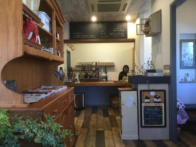 守山区にあるカフェあんぶらっせさんのインテリアはまさにオシャレなカフェ。