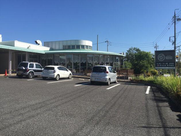 こちらがカフェグリーンハウスの外観。丸い建物が特徴的ですね。