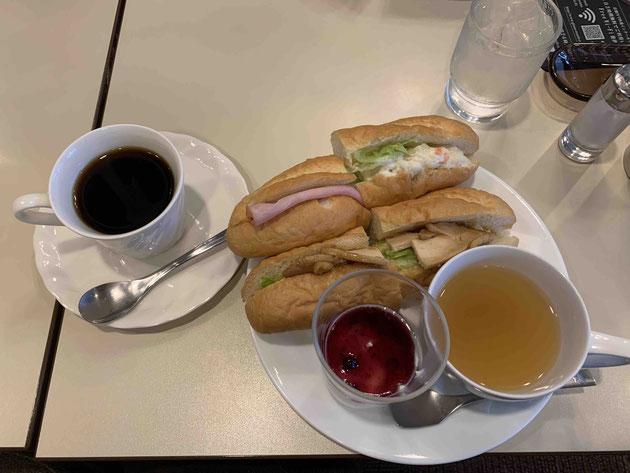 東京の高級喫茶店ルノアールにモーニングハンター出動!!!