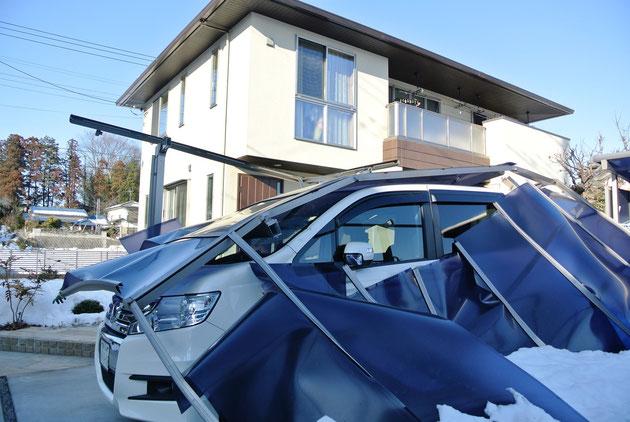 2014年に起こった北関東の大雪で壊れたカーポート
