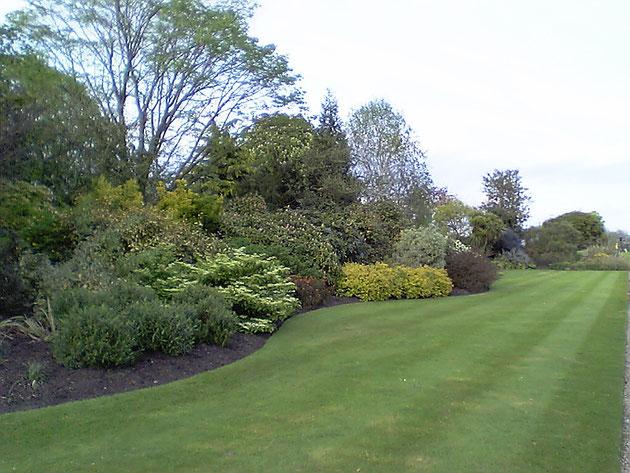 ピカデリーサーカスから歩いていける所にもこんなお庭があります。
