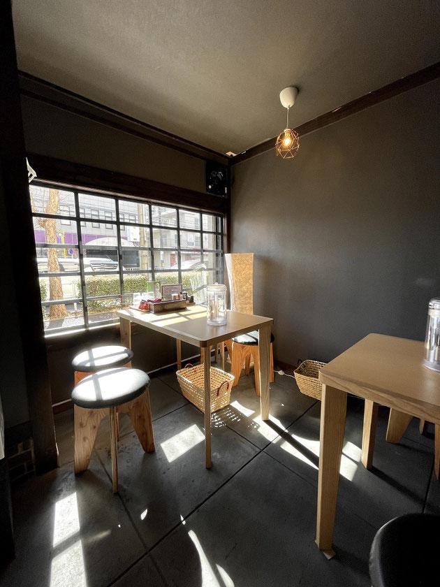 陣屋さんのオシャレなカフェのような店内!