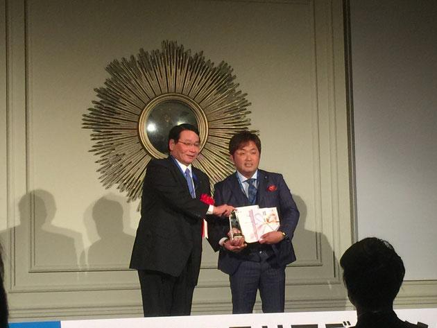 今年の大賞は田主丸緑地建設の小西さん!おめでとうございます!!!