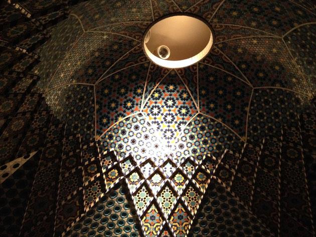 INAXにて復元されているイスラームのドーム式天井 復元度合いが美しすぎます