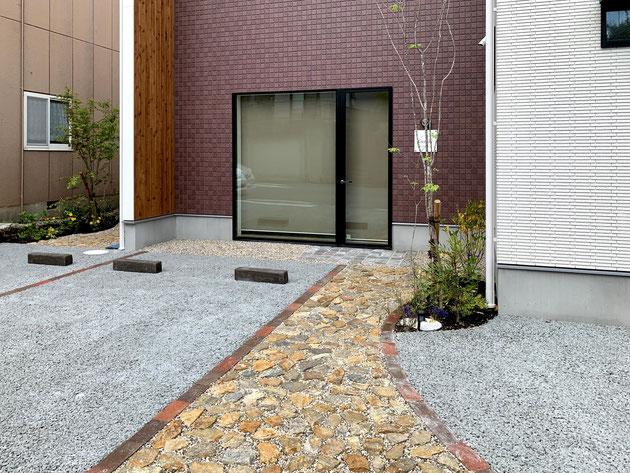 透水性コンクリート「ドライテック」の施工例としても美しくできました!