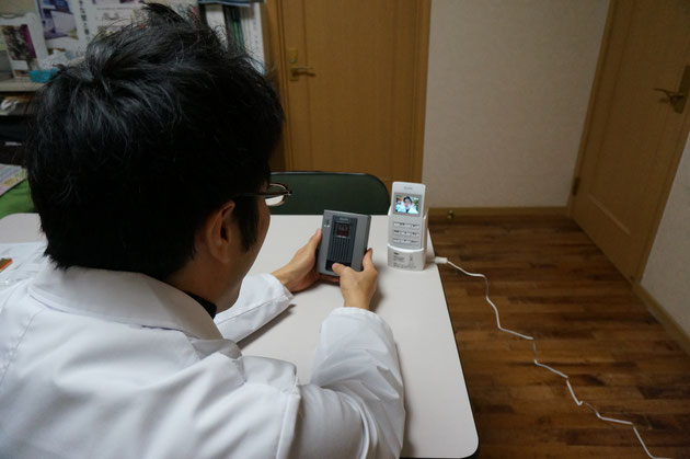 早速ワイヤレスインターフォンを押してみるガーデンドクター柴ちゃん!!!