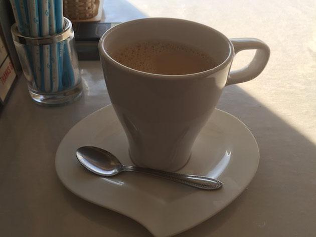 カフェオレもたっぷり入っているのでゆっくりと景色を眺めながらモーニングできますよ!