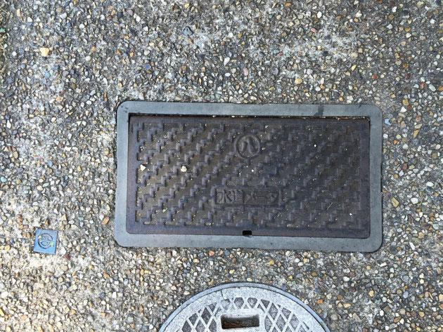 水道メーターの蓋。この中が凍ってしまうの?