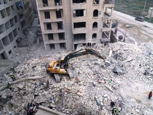 Assad styrets luftvåben og deres russiske allierede  bombarderede det centrale hospital i  Maaret al-Numan i Idlib provinsen.