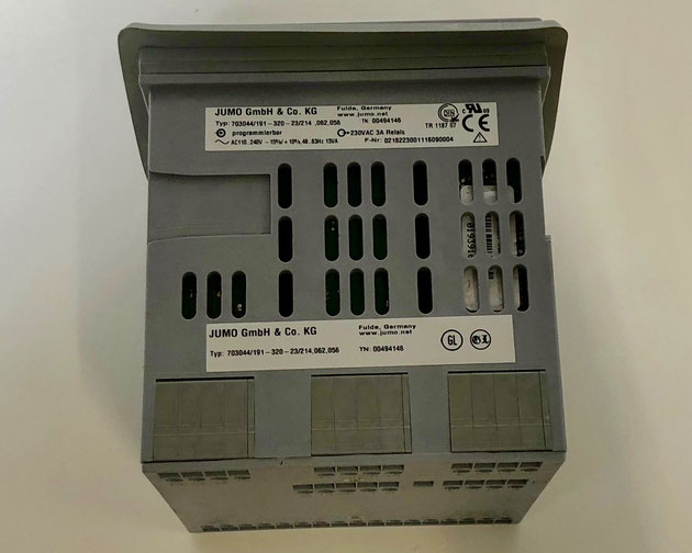 JUMO dTRON 304 Electric Controller, Type: 703044