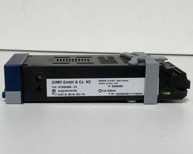 JUMO di32 electric controller, Type: 701530