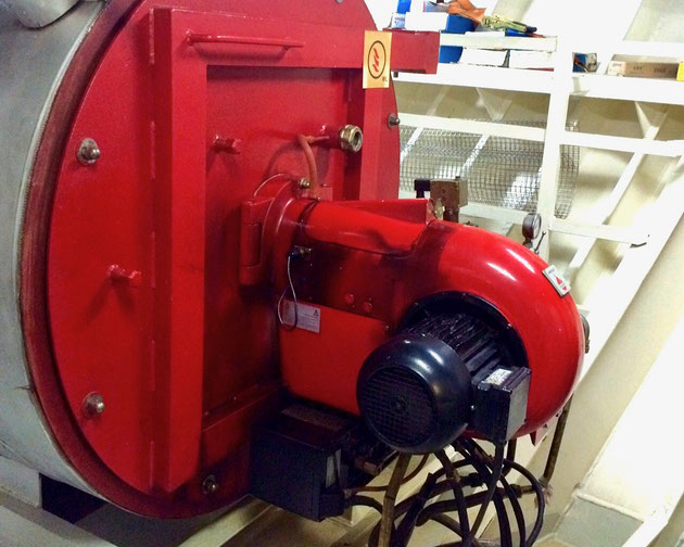 gekakonus, burner motor