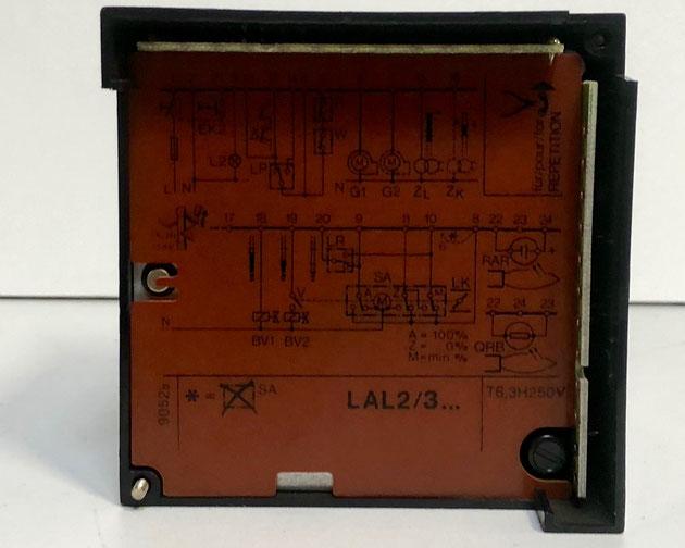 SIEMENS Oil Burner Control, Type: LAL3.25