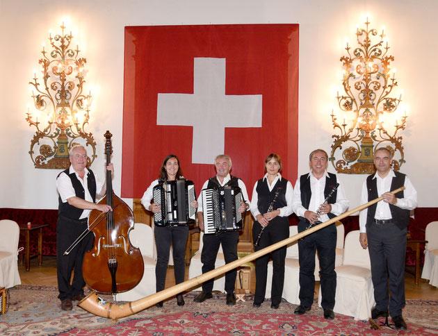 Huusmusig Kollegger 2019, v.l. Beat, Monika, Martin, Bernadette, Andy und Thomas.