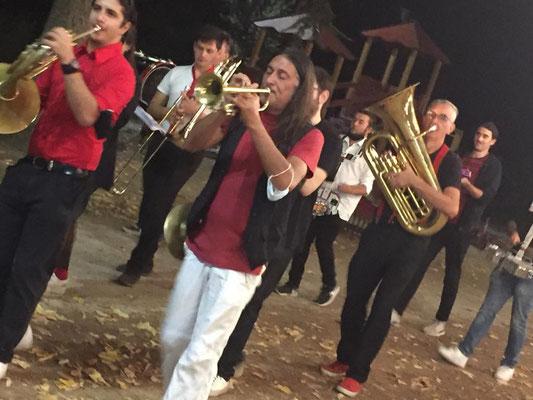"CiacciaBanda StreetBand - Sguerguenze Musicali Itineranti Open ""Come d'Incanto"" Buskers Festival 2015, Ardesio (Bg)"