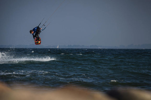 Windfinder-Kitesurfer-Lifetravellerz-Kiteblog