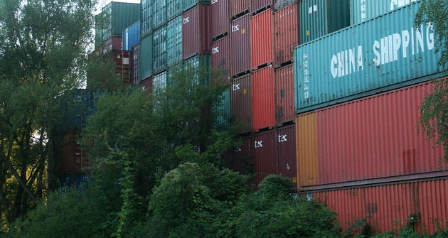Verse/Traveller - Container in Hamburg-Wilhelmsburg
