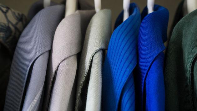 Genauso wichtig, wie welche Farben mir stehen ist, dass auch der Schnitt, die Stoffstruktur und das Material optimal auf meinen Typ abgestimmt sind.