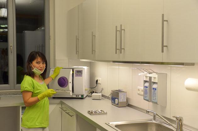 Modernste Hygienestandards:  Desinfektion und Sterilisation