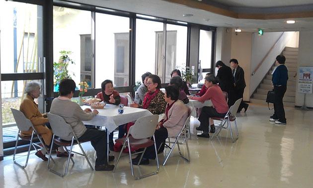 新林「まちの縁側」は毎月第3火曜の午後1~4時に洛西新林会館にて開かれています