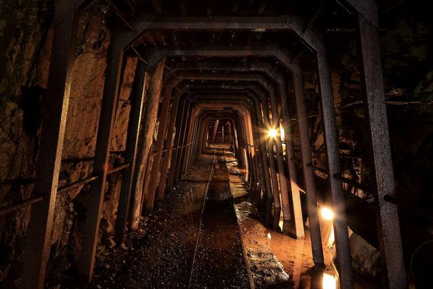 明延鉱山に残された坑道を使用した「あけのべ探検坑道」。