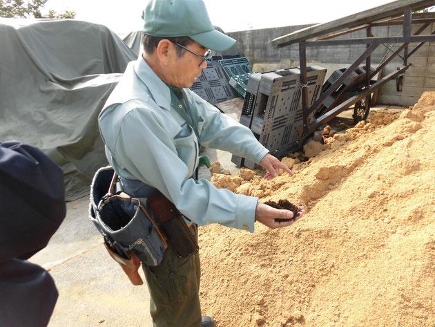 立花先生が考案した土壌改良剤〝元樹くん〟は、全国各地に愛用者がいます。