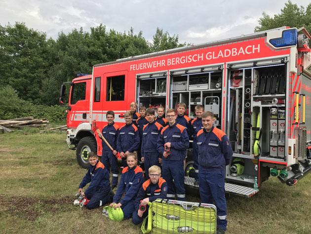 Gruppenbild Jugendfeuerwehr Paffrath/Hand (Stand Juni 2017)