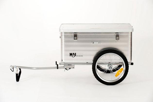Der erste serienmäßige Maiporter mit Aluminium-Box von der Seite gesehen