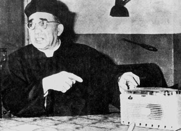 Don Umberto Terenzi e i microfoni per spiare Padre Pio