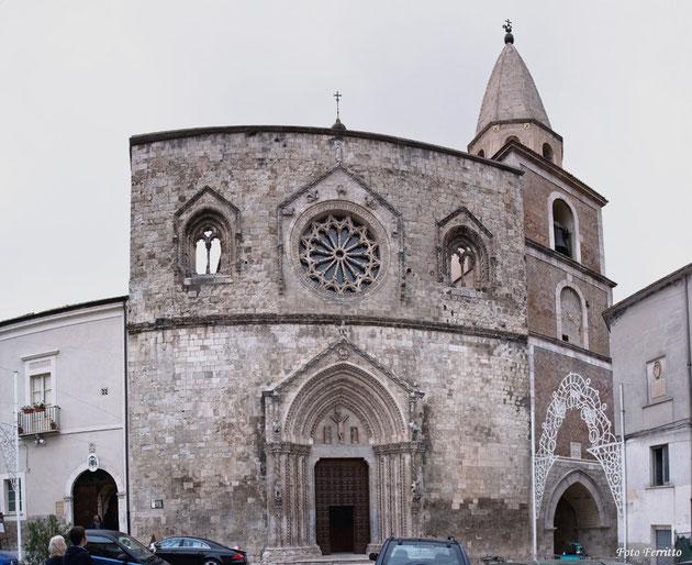Cattedrale di Larino prospetto