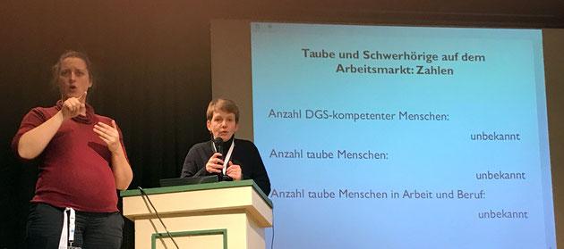 DeafIT Konferenz 2016 Hamburg  Dr. Irmhild Rogalla mit der Keynote