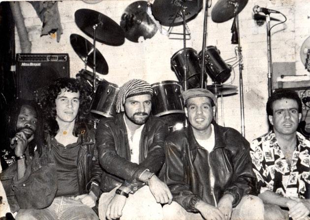 Mango (Felipe Zuluaga, Hernando Becerra, Eduardo Acevedo, Camilo Acevedo)