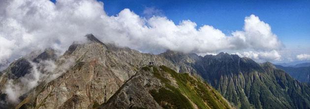 西穂山頂よりから間ノ岳・ジャンダルム・吊尾根・前穂高・明神岳