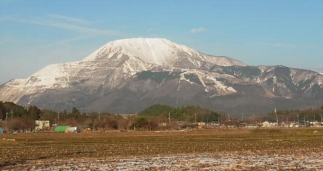 2014年1月3日の伊吹山(帰りの車道から)