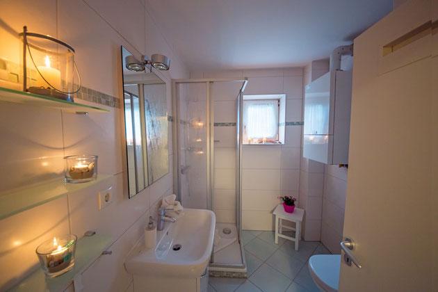 Neues Bad zum Wohlfühlen, hochwertig ausgestattet.