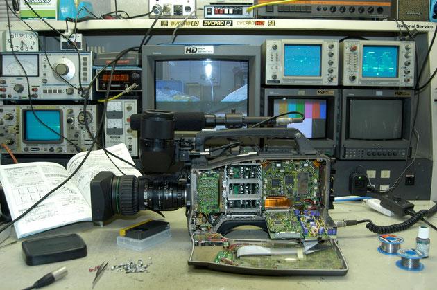 DVCPRO カメラ修理用ベンチ