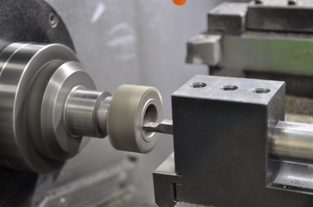 NC機械加工によるギヤ内径の加工イメージ。