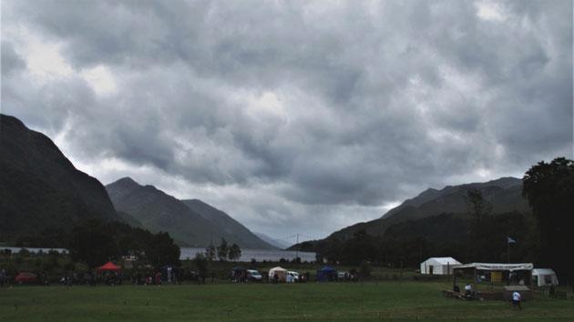 bigousteppes écosse glennfinnan highlands games jeux lac nuage